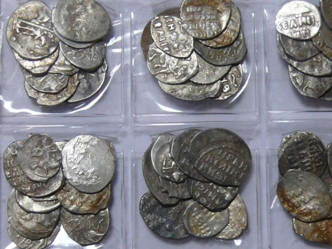 Datowanie monet irańskich