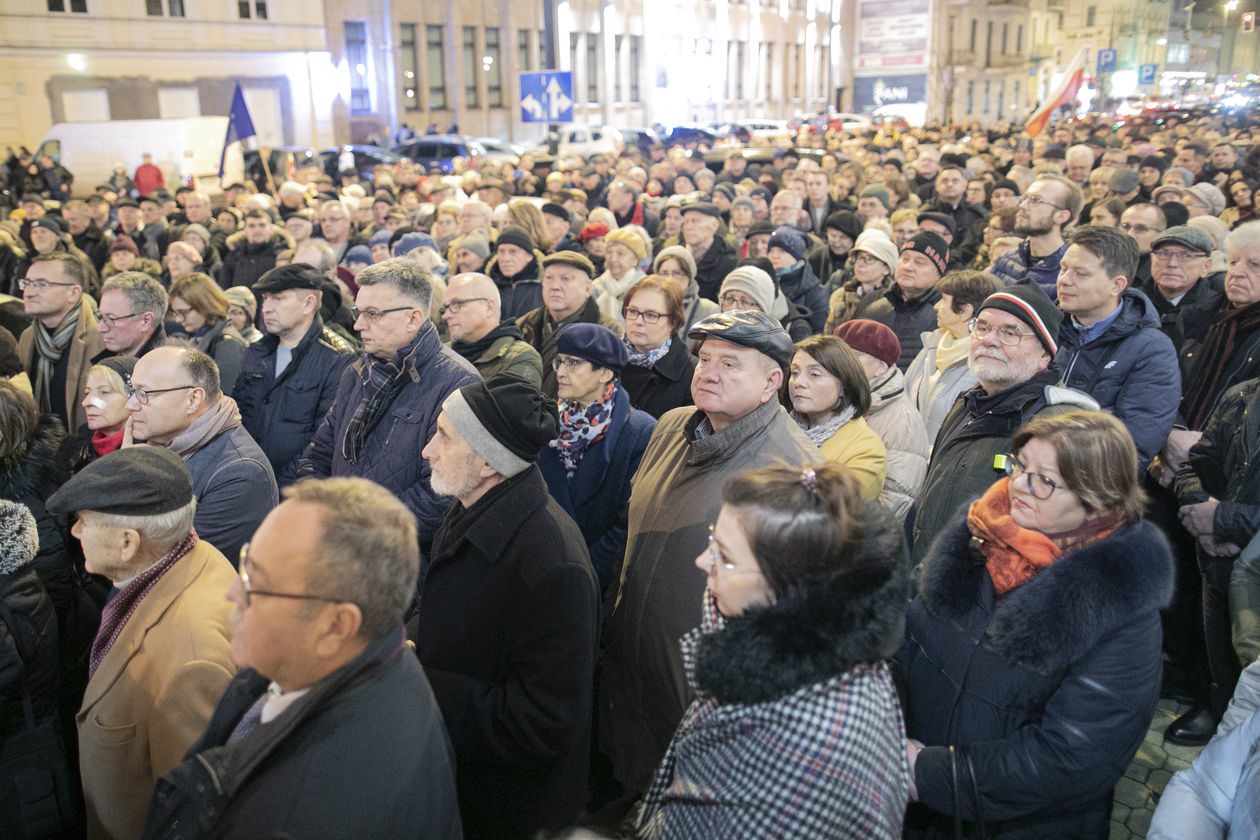 https://cdn01.dziennikwschodni.pl/media/gallery/2019/12/999684522/8469d870ea3f6dd66e97b7e119ca2e9c_big.jpg
