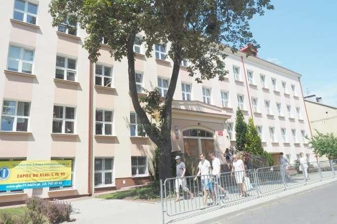 481f9579 Nie zdali w gimnazjum, cofną się do podstawówki.