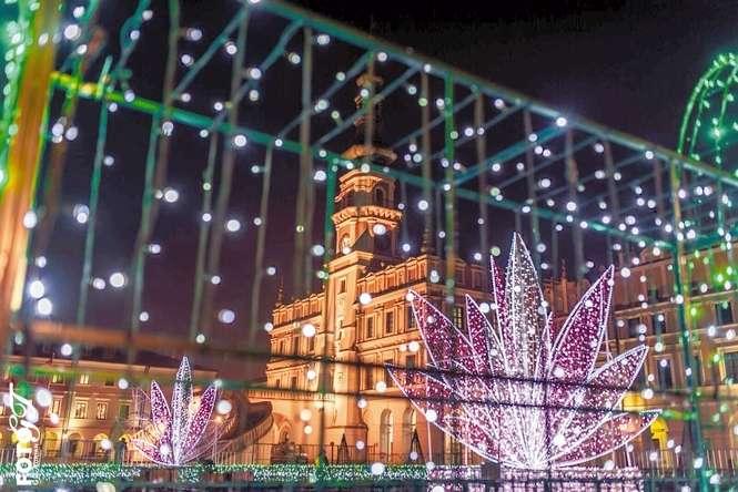 200 Tys świątecznych światełek Rozbłyśnie Na Rynku W