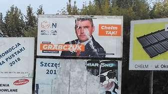 Kampania Wyborcza Coraz Ostrzejsza Farbą W Plakat Kandydata