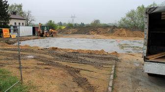 a374df3b562cb5 Rozpoczęły się prace ziemne przy nowym budynku handlowym litewskiej od 2018  roku, sieci Stokrotka.