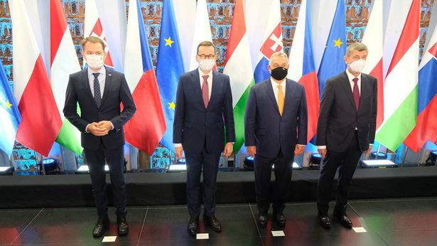 """<a href=""""https://www.dziennikwschodni.pl/polityka/n,1000274087,premierzy-w-lublinie.html"""">Premierzy w Lublinie: o Białorusi i koronawirusie. Do domu zabrali cebularze</a> thumbnail  Koronawirusowe mity. W służbie dezinformacji eea358ecdf24ec7709893cd961bcc409 std crd 615"""